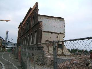 Demolition of Antwerp DS station | by LHOON