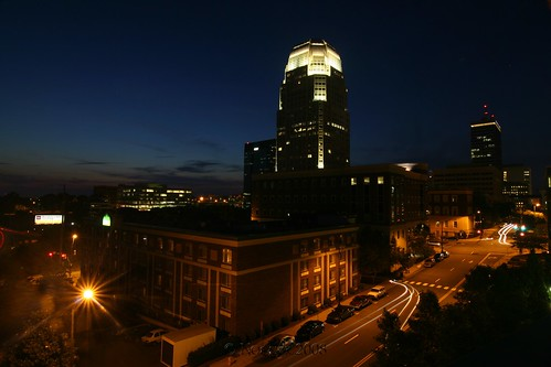 longexposure sunset building skyline night clouds nc downtown cityscape tripod northcarolina wellsfargo citigroup gitzo winstonsalem bbt wachovia winstontower tokinaatx124afprodx arcatech g1128