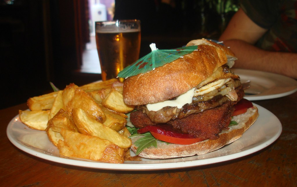 The Bogan Burger' @ The Napier Hotel, Fitzroy    This almig