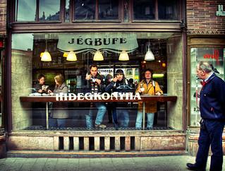 Budapest: Jégbufe | by Giorgio Verdiani