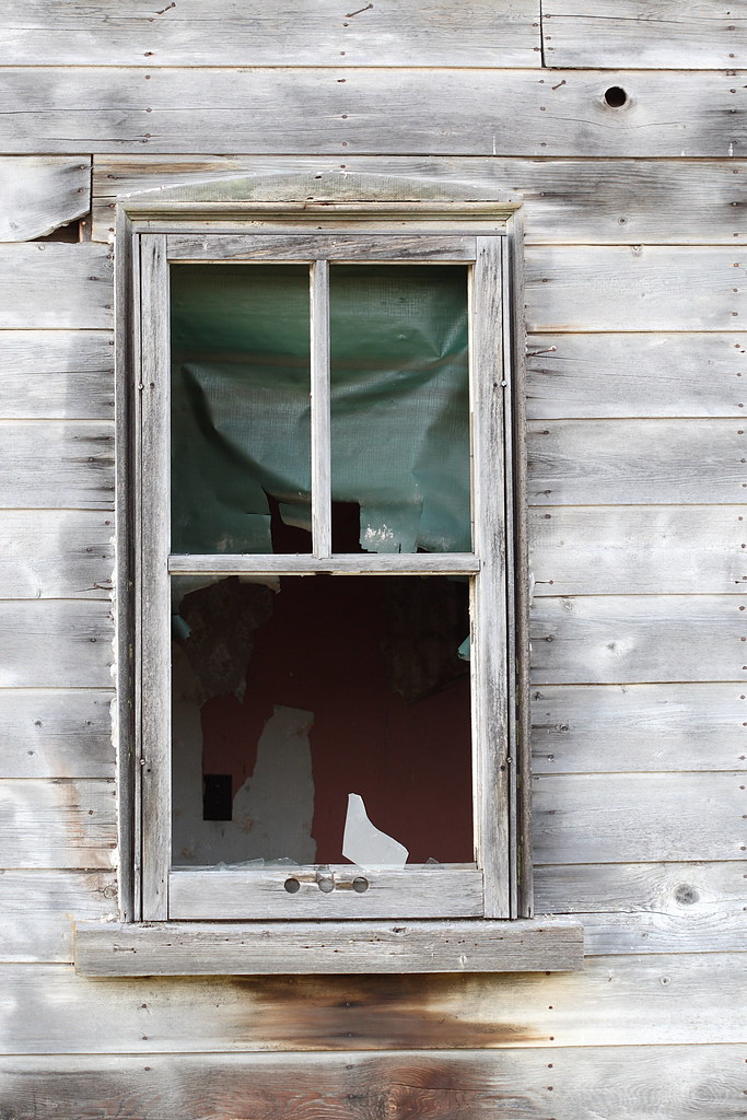 Stupendous Broken Window Abandoned House Is It Just Me Or Does It Lo Download Free Architecture Designs Itiscsunscenecom