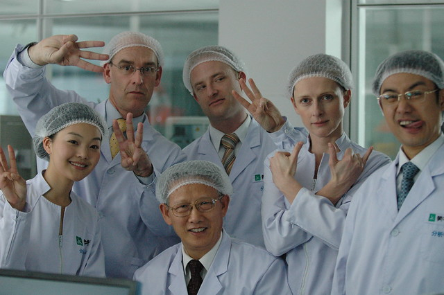 McMaster Institute Scientists agree: 3 Fingers are good for you _0294