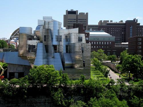 2008.06.21 - Weisman Art Museum | by JBYoder