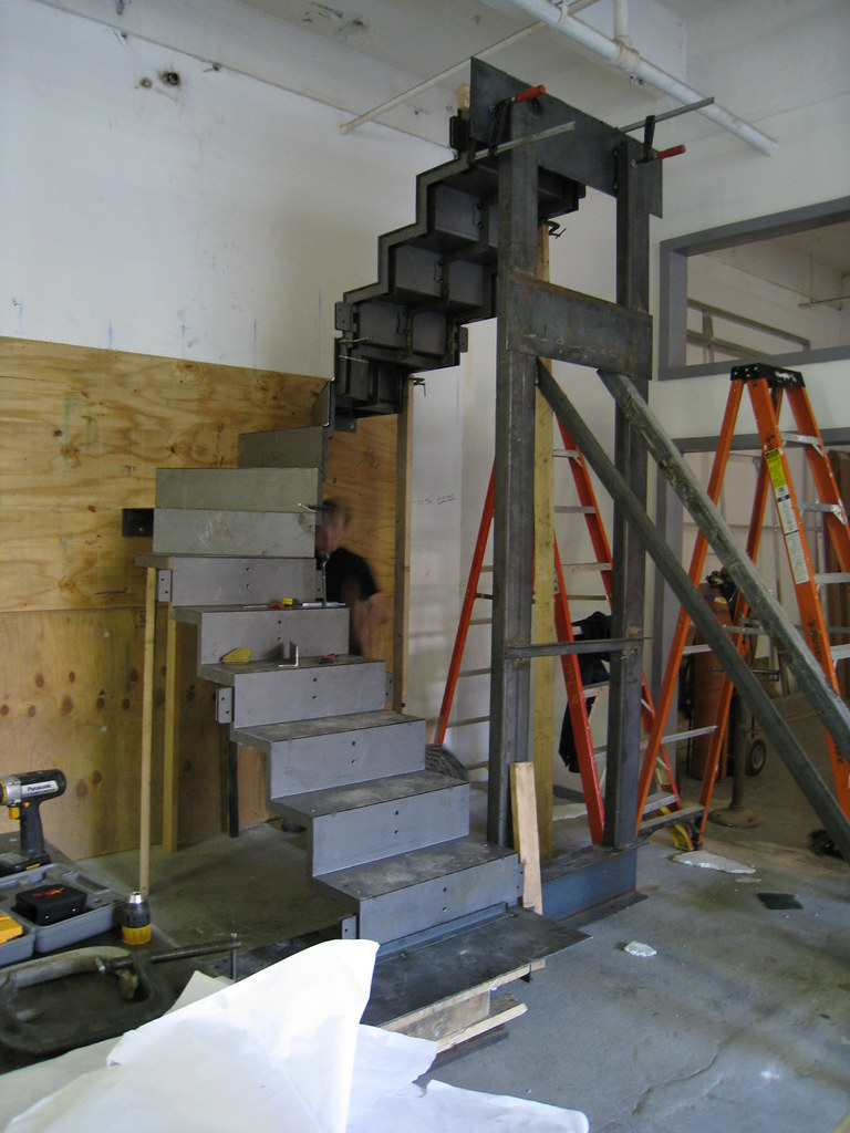 Quot Folded Plate Quot Winder Stair Mock Up Fabrication 1 Of 2
