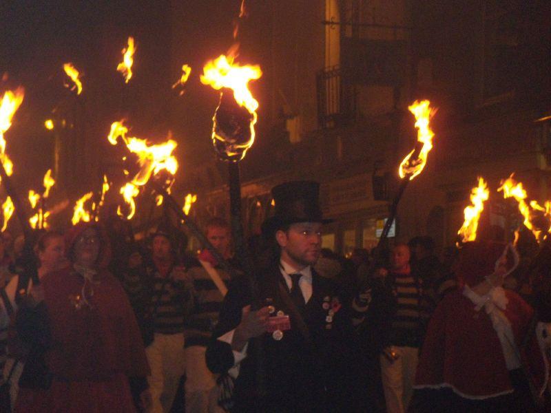 marchers Battle bonfire night. Robertsbridge to Battle walk