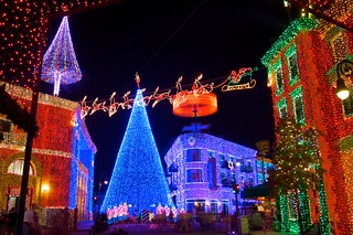 Disney's Hollywood Studios - The Osborne Family Spectale of Lights | by Matt Pasant