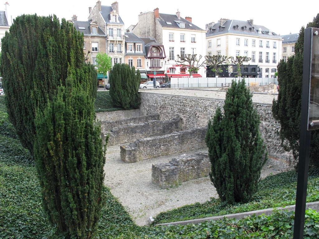 Reims - Place du Forum