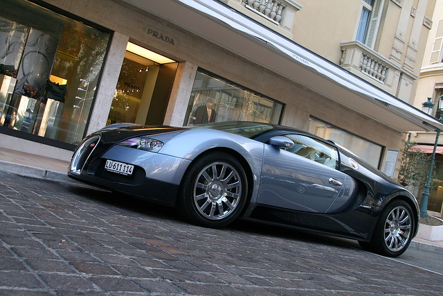 Again a Veyron ?