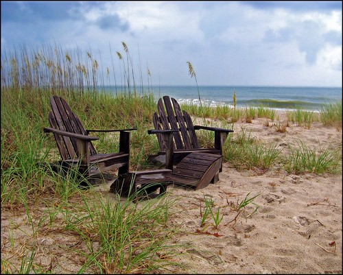 ocean sea vacation beach reeds coast nc chair day view chairs cloudy sandy relaxing northcarolina stormy wilmington atlanticocean carolinabeach kurebeach capefear mostlycloudy wilmingtonnorthcarolina adriondack
