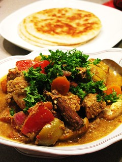 Fusion Chicken Curry with Roti Parathra