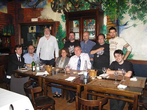 Comida previo a la conferencia en Hika Ateneo, con Juan Zubillaga, Zubi, entre otros