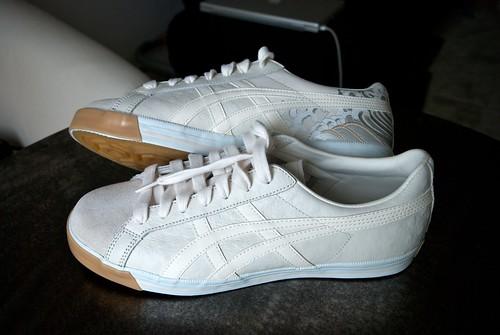 new shoes   by w00kie