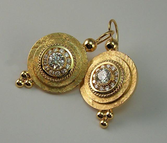 18K Greek Shield Diamond Earrings / 4