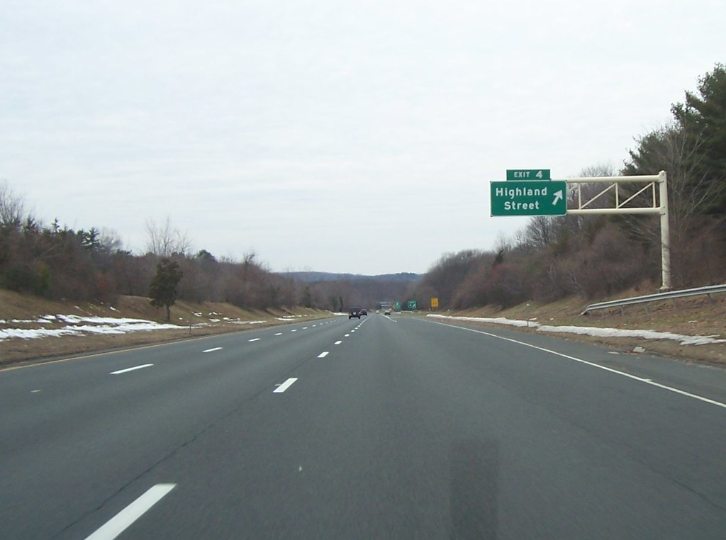 I-384 west exit 4