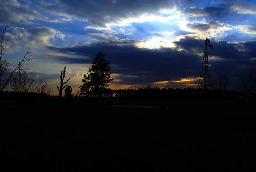 sunset storm windmill clouds alabama nikond60 afsdxnikkor1855mmf3556gvr