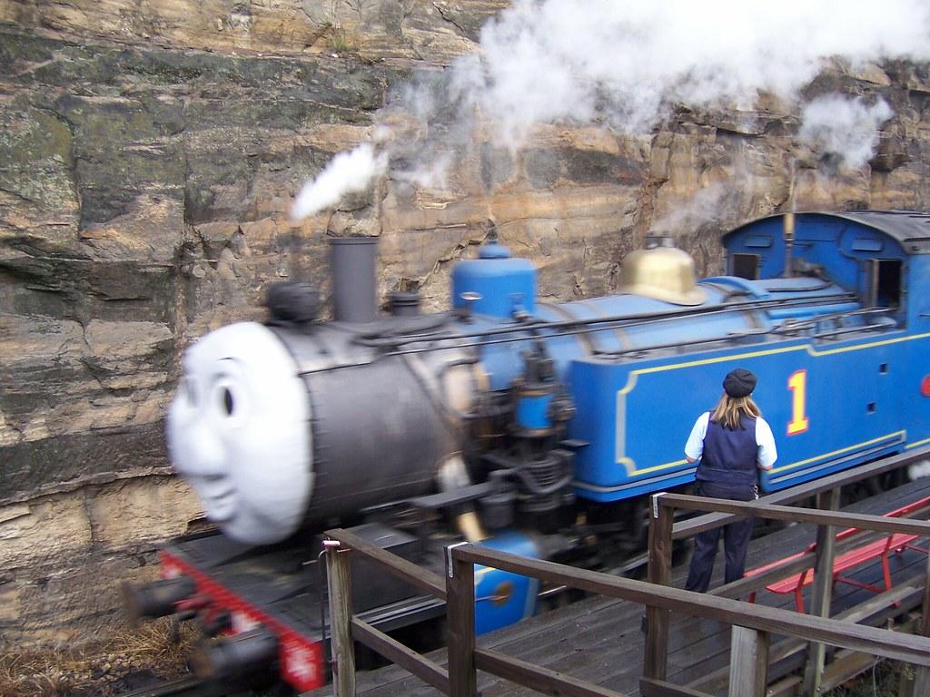 Thomas (DD17 1049) by Thomas Worley