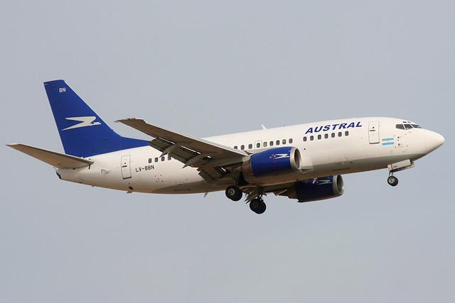 LV-BBN Austral Boeing 737-500