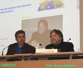 John Perry Barlow en el Powerful Ideas Summit | by Tecnópolis UP TV