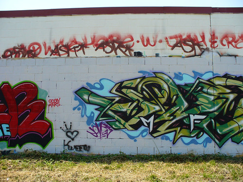 Stop 'n' Lock Graffiti Wall, 2008.07.27 | by tgkohn