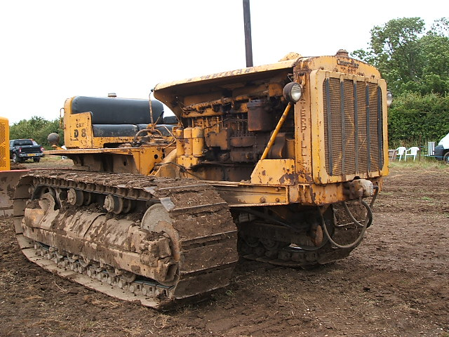 CAT D8 | No one new how old it was i think its a 8R series b