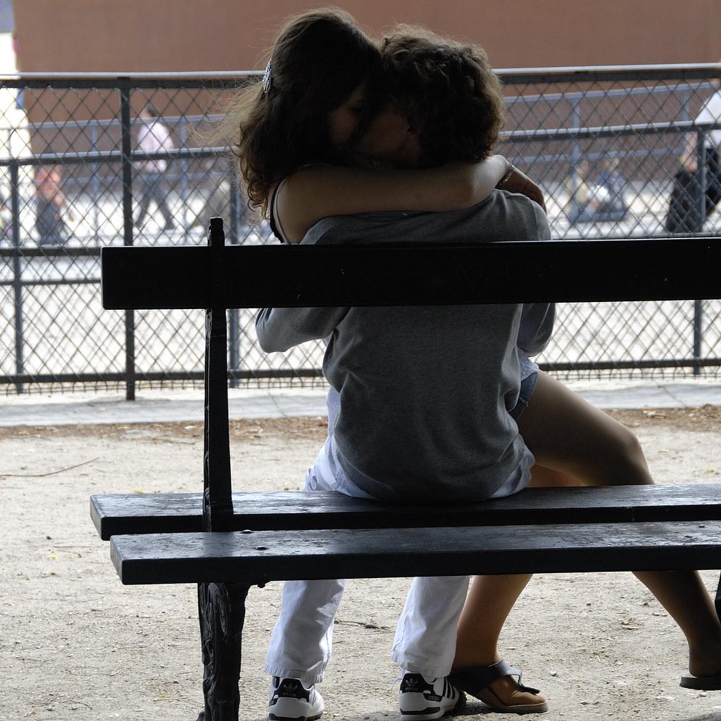 The Lovers On The Public Benches Les Amoureux Des Bancs Pu Flickr