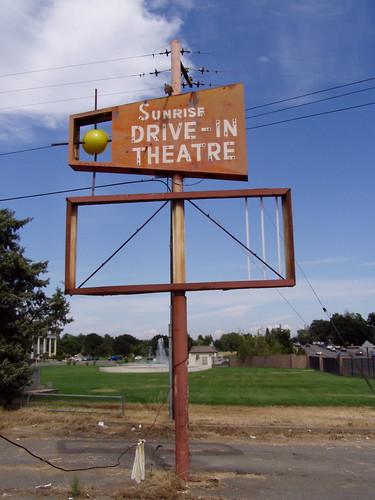 california ca old sign vintage theater neon theatre drivein signage sacramento orangevale kaput
