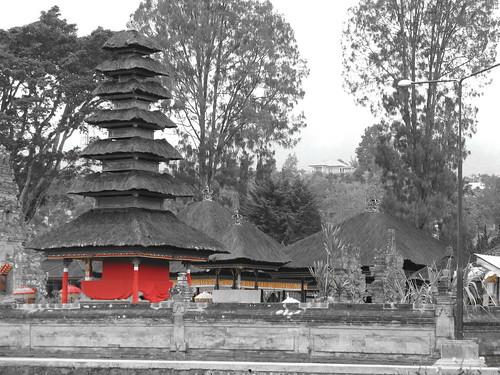 Temple at Lake Bintan, Bali | by SamuiStu