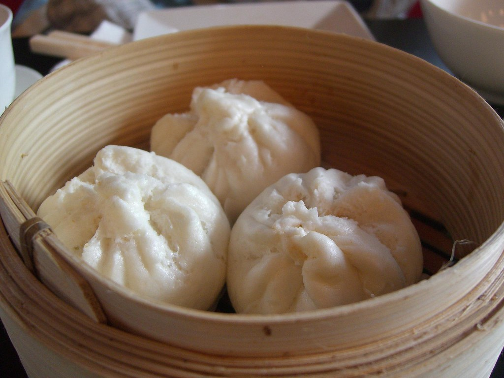 叉烧包 BBQ Pork Buns - Yum Cha Cafe AUD5.50 medium
