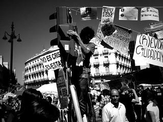 No es crisis, es estafa | by MarcoLaCivita