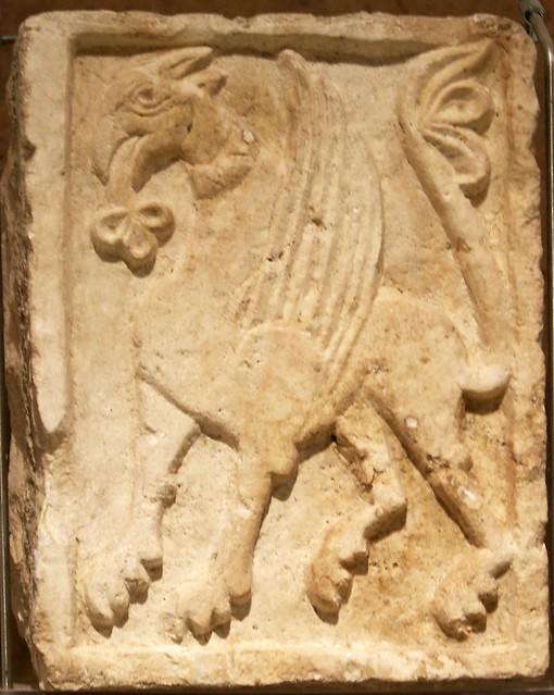 Bitonto cattedrale cripta grifone