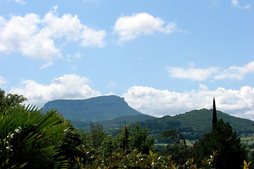 La vallée de Crest avec Roche-Colombe