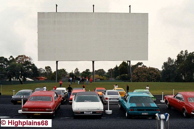 Daytime drive-in rendevous