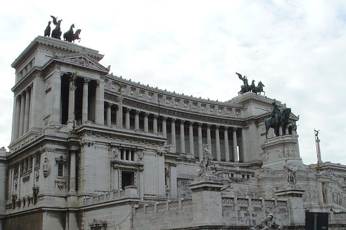 Monument to Vittorio Emanuele II | by CapnOats