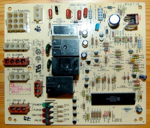 Weil McLain 1013 Boiler Control Board