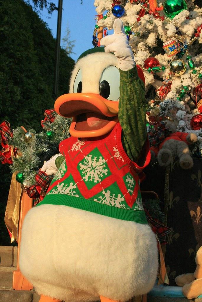 A Christmas Fantasy Parade: Donald Duck