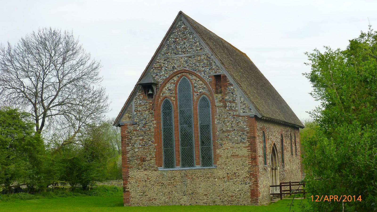 St. Nicholas' Chapel, Coggeshall, sideview SWC Walk 216 Kelvedon Circular