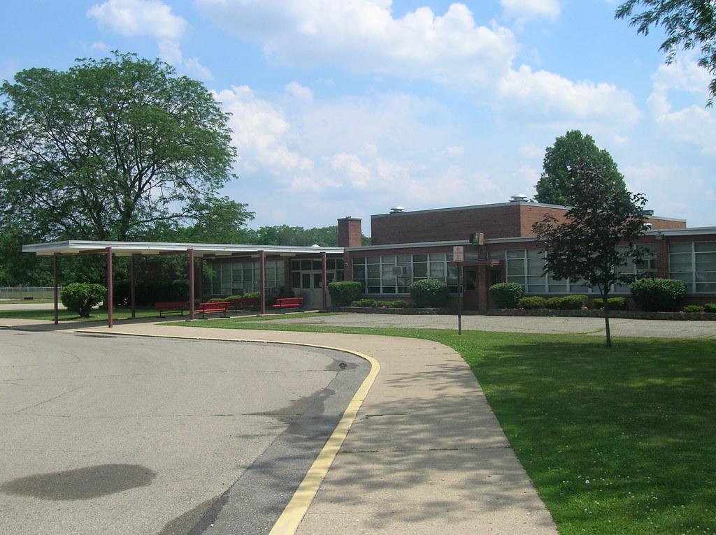 Hayes Elementary School--Hamilton, Ohio | Aaron Turner | Flickr
