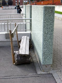 Bench facing wall | by 4nitsirk