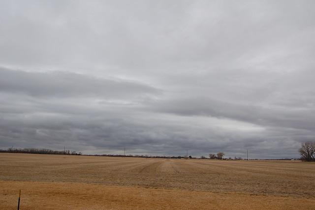 020909 - Thunderstorm in Feb in Nebraska????
