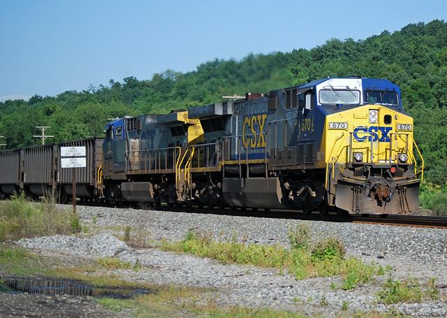 CSX Transportation GE AC6000CW 670 | Harry Gaydosz | Flickr