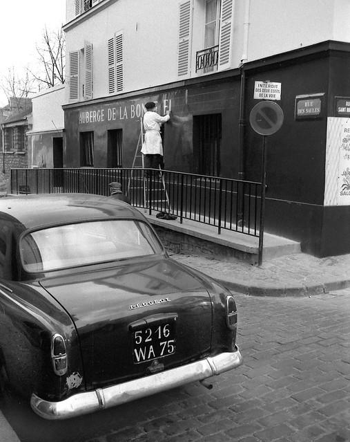 Sign painter, Paris