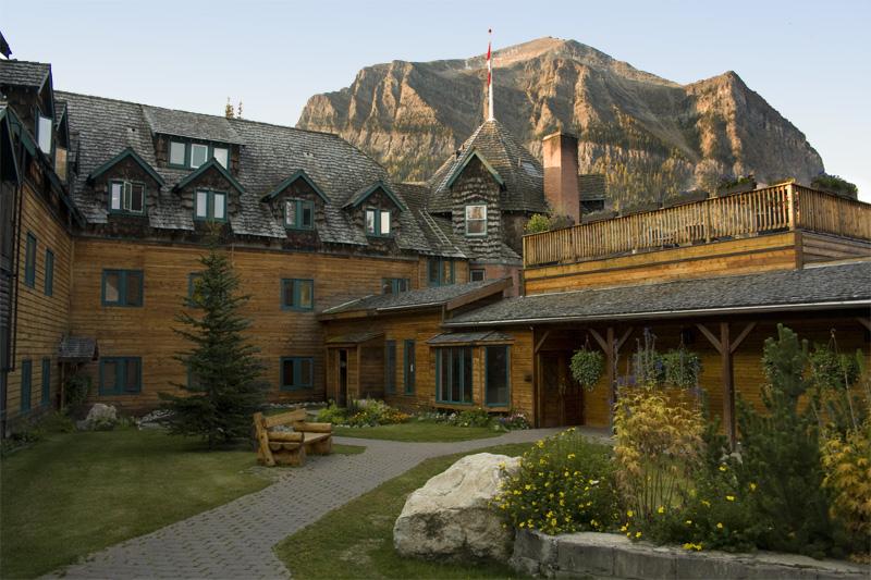 The Deer Lodge, Lake Louise
