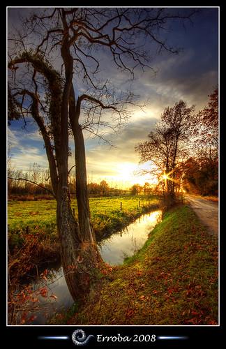 autumn sunset sky tree water grass clouds photoshop canon river rebel belgium belgique tripod belgië sigma tips remote 1020mm erlend hdr mechelen cs3 3xp photomatix tonemapped tonemapping xti 400d konijnenstraat erroba robaye erlendrobaye alemdagqualityonlyclub waterken