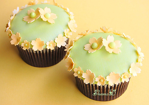 Lemon n Lime Flower Cupcakes   by ~Très Chic Cupcakes by ShamsD~