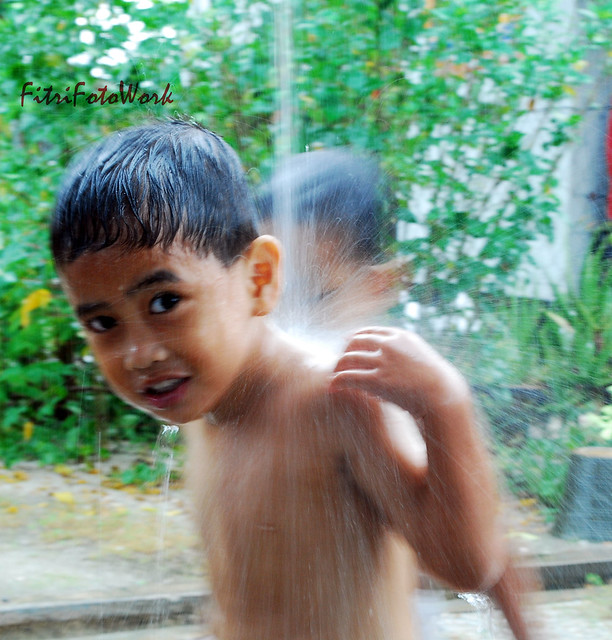 aqil hujan 2