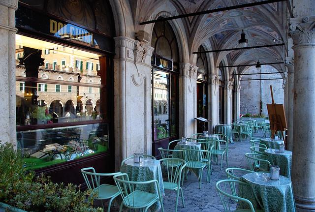 Ascoli Caffè Meletti Archi