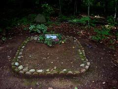 Pet Cemetery3