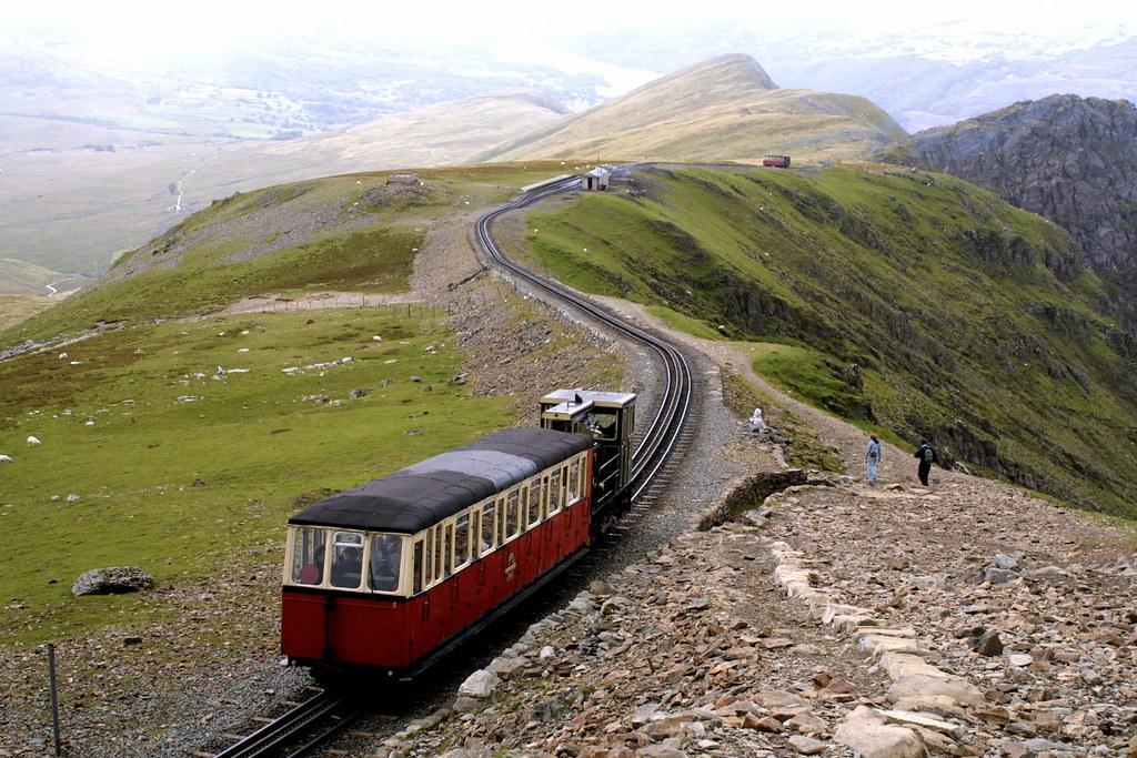 Snowdon mountain railway   A train on the rack and pinion ra…   Flickr