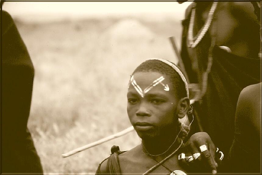 TZ 98 Guerriero Masai B&W