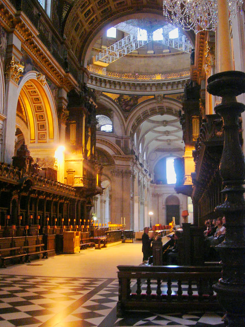 London - St Paul's Cathedral, Chancel and Main Nave